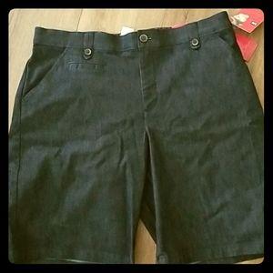 Lee Bermuda denim shorts NEW